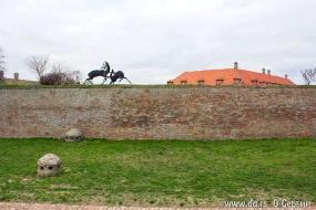 Бронзовые олени - символ крепости