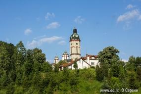 Старая церковь в Лознице