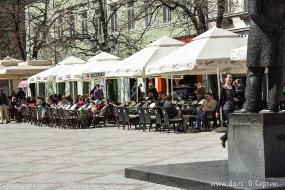Еще уличное кафе