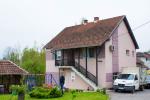 0105, Дом в Лознице с садом и автомастерской