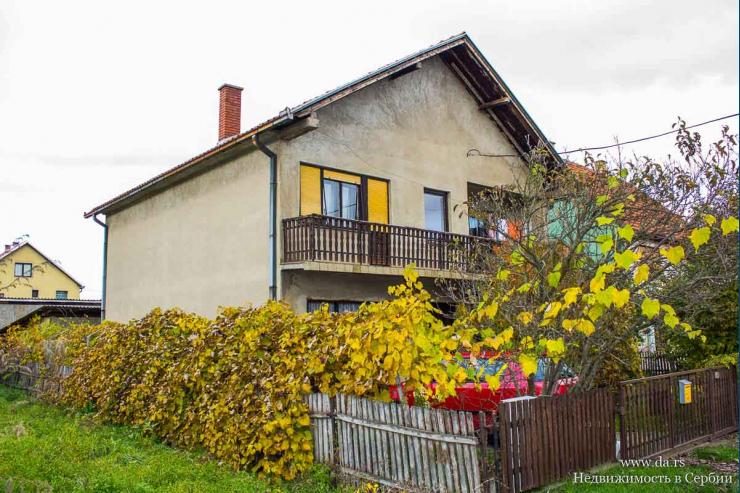 Дом в черте города Лозница