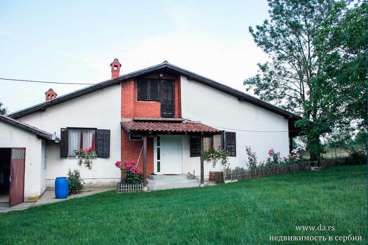 Дом в селе Ранилович