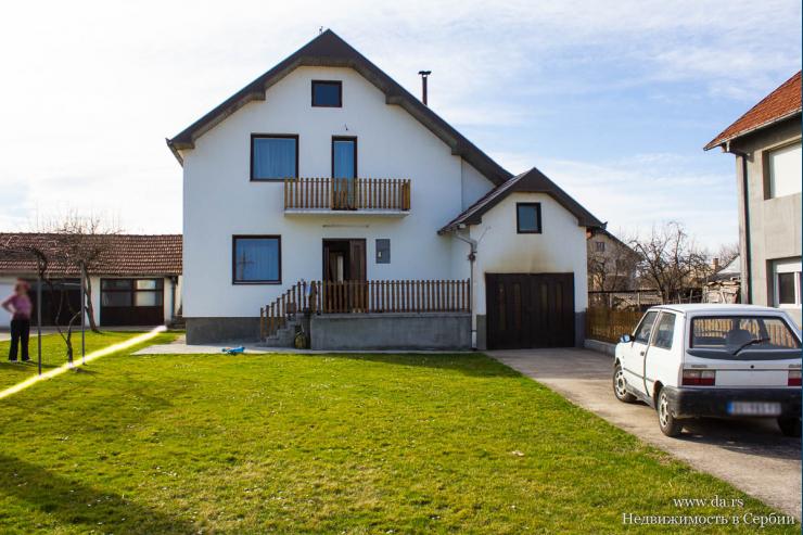 Дом в расширенном центре города Лозница