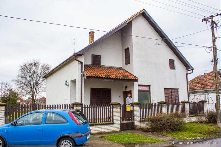 Дом в пригороде Зренянина