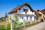 0218, Дом в пригороде Малого Зворника недалеко от реки Дрина
