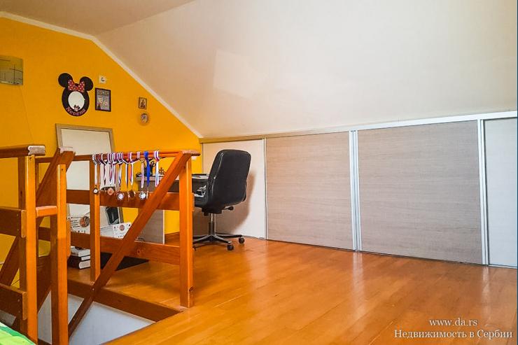 Новая двухкомнатная квартира дуплекс в Белграде