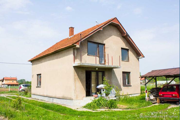 Дом в городе Лозница