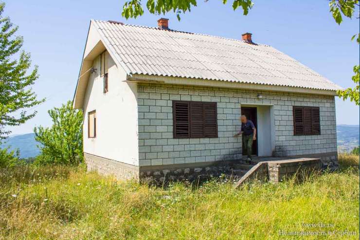 Дом в Баня Ковиляче на горе с потрясающими видами