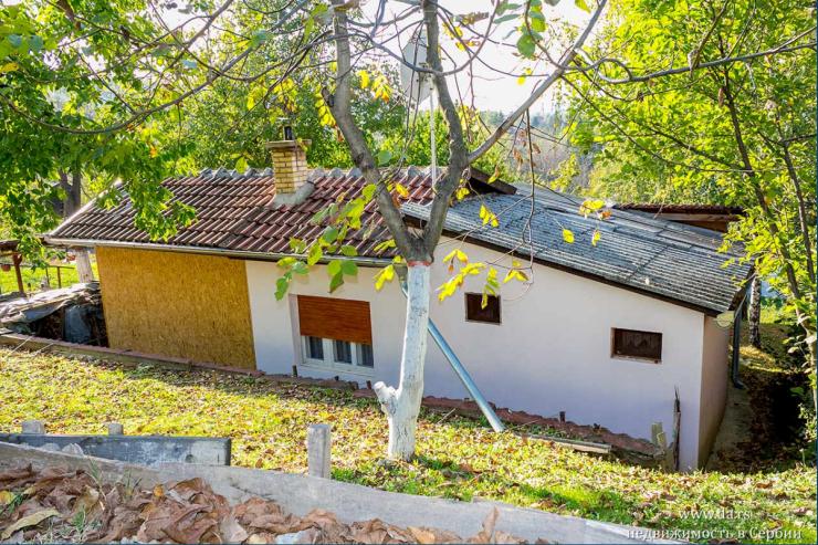 Дом в Баношторе с видом на Дунай