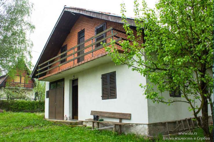 Дом в Малом Зворнике в 100 метрах от реки Дрина