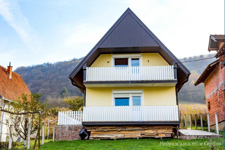 Дом с великолепным видом на озеро