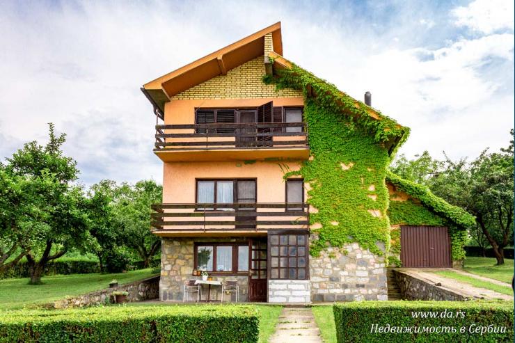 Комфортный городской дом в Лознице