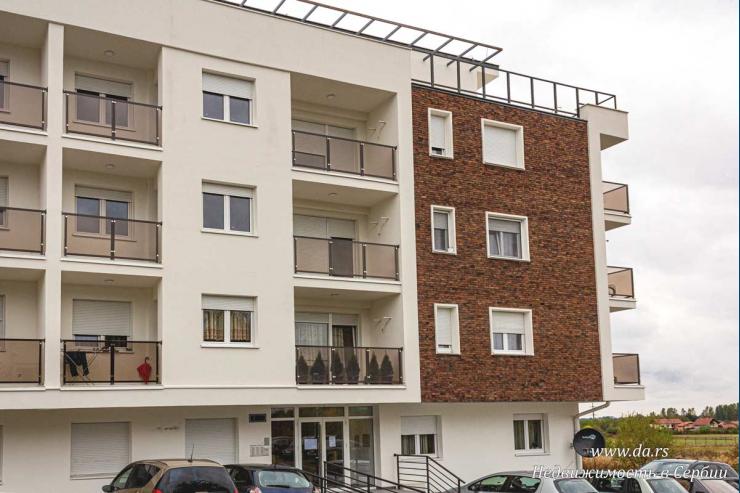 Новая однокомнатная квартира в новом районе Лозницы
