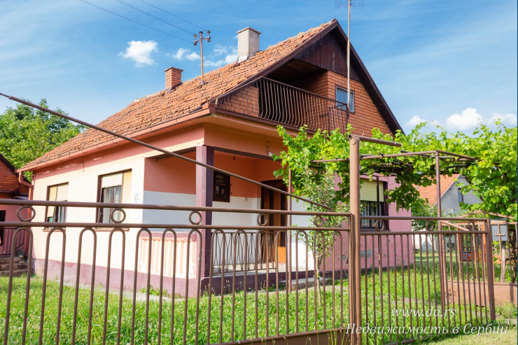 Небольшой дом в Бане Ковиляче