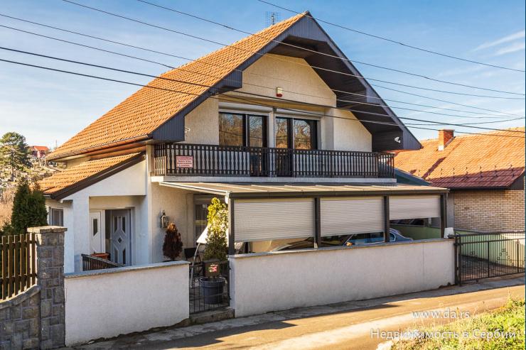 Комфортный современный дом в Бане Ковиляче