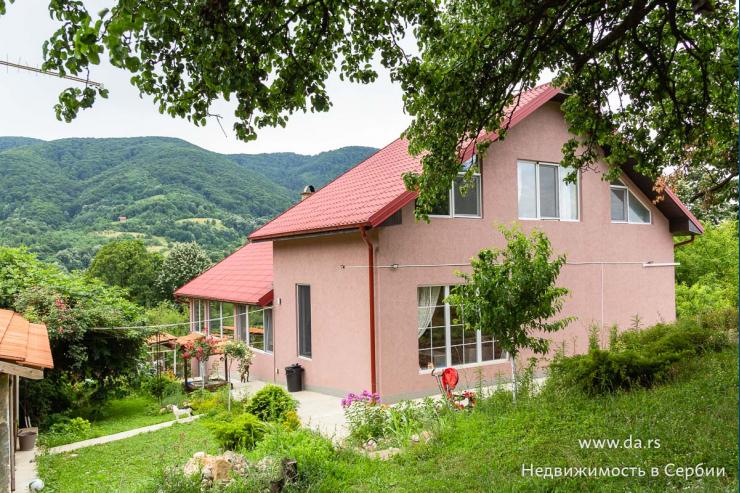 Новый комфортабельный дом в Лознице