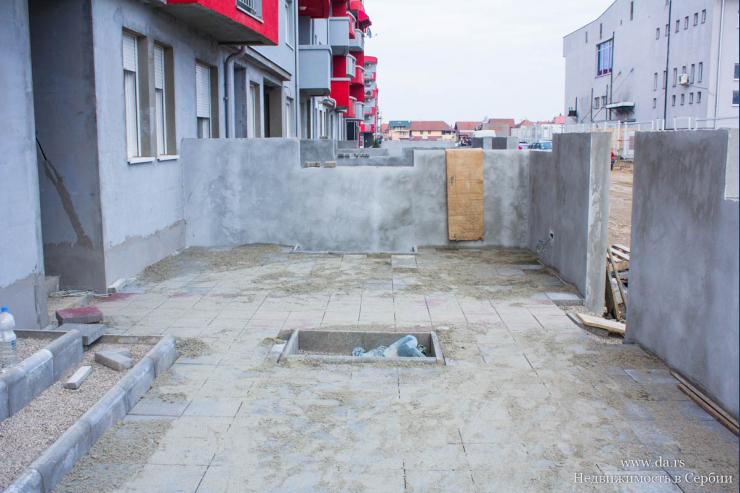 Новая двухкомнатная квартира в Лознице со своим двориком