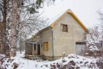 0078, Недорогой дом вблизи реки в пригороде Лозницы