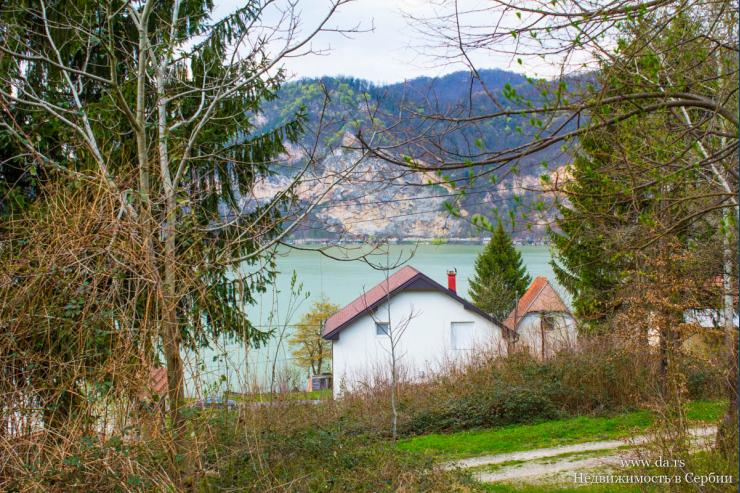 Дом в живописном месте среди гор и леса в 100 метрах от реки Дрина